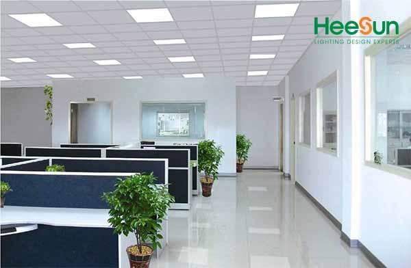 Đèn LED Panel vuông siêu mỏng HS-PMV18 ứng dụng thực tế